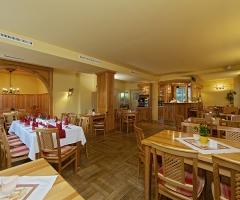 pechhuette-restaurant01